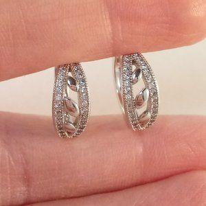 Jewelry - 18K Gold Filled Leaf Zircon Huggie Hoop Earrings